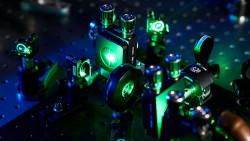 Ultrafast_laser